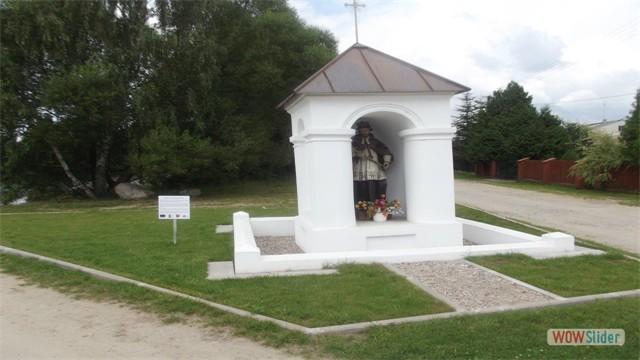 Kapliczka w Skórcu św. Jana Nepomucena